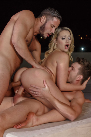 Mia Malkova taking her first double penetration in die hardcore part 3
